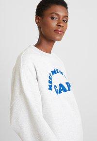 GAP - MEET ME PO - Sweatshirt - light heather grey - 3