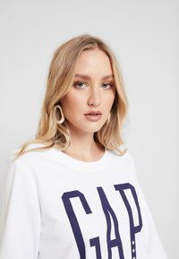 GAP - Sweatshirts - optic white - 3