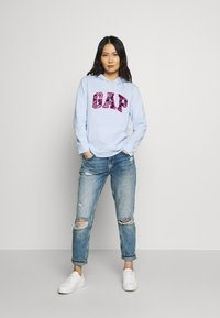 GAP - NOVELTY - Bluza z kapturem - pure blue - 1