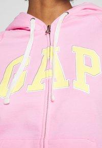 GAP - Mikina na zip - parisian pink - 5
