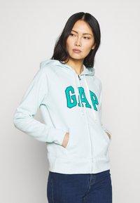 GAP - Zip-up hoodie - azul - 0