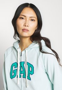 GAP - Zip-up hoodie - azul - 3