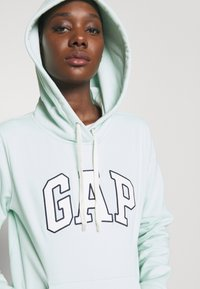 GAP - Jersey con capucha - quince - 5