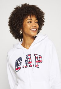 GAP - FLAG - Bluza rozpinana - white - 4