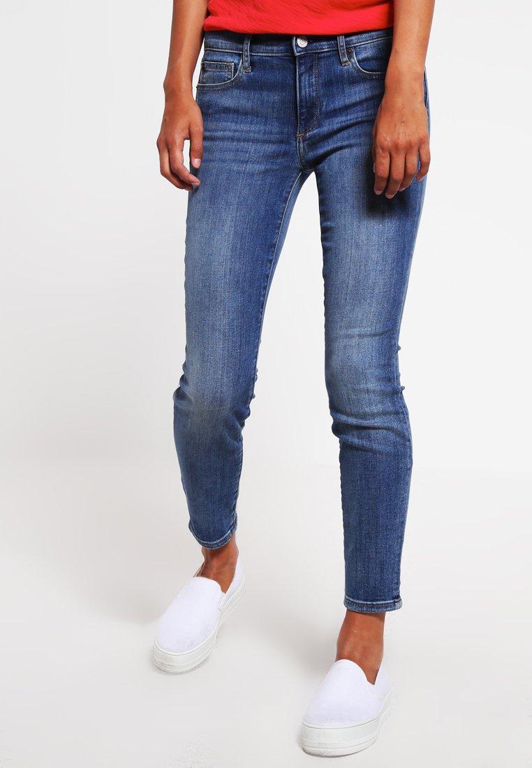 GAP - KEITH - Jeans Slim Fit - medium indigo