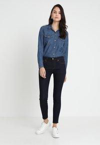 GAP - Jeans Skinny Fit - rinsed denim - 1