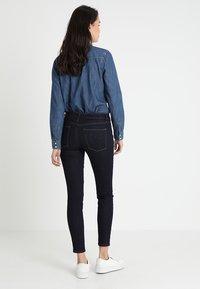GAP - Jeans Skinny Fit - rinsed denim - 2