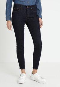 GAP - Jeans Skinny Fit - rinsed denim - 0