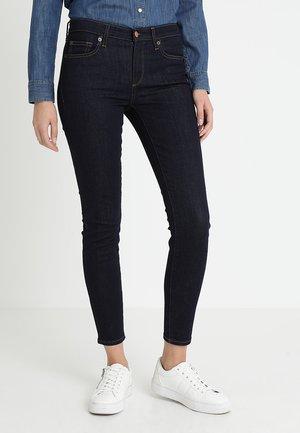 Skinny džíny - rinsed denim