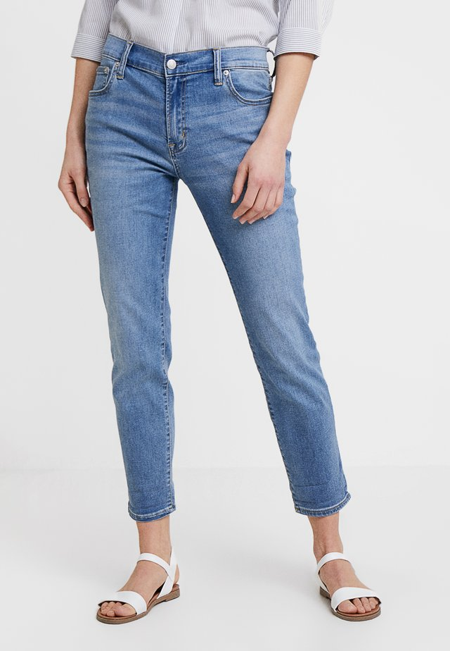 SOFT TAZZ - Jeansy Relaxed Fit - medium indigo