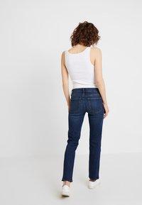 GAP - ASTOR - Jeans straight leg - dark indigo - 2