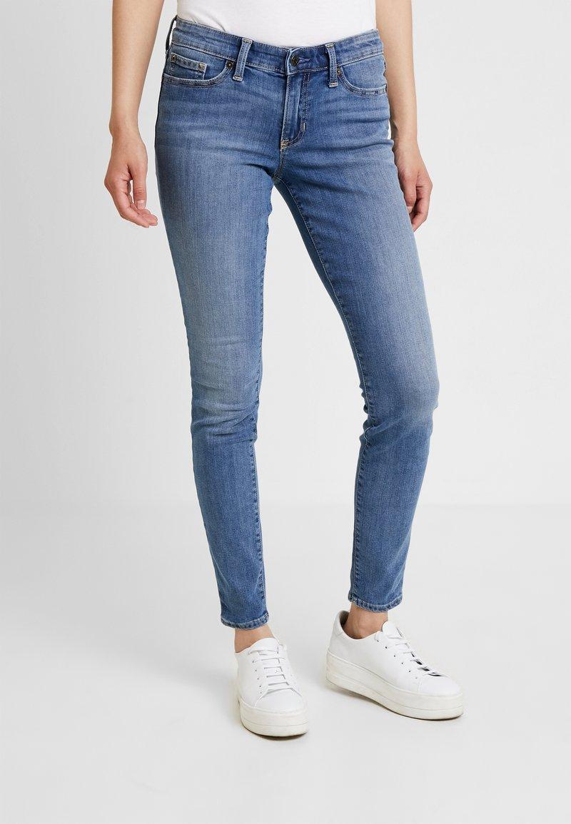 GAP - CAROLINA - Jeans Skinny Fit - light indigo