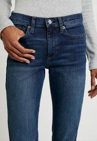 GAP - RICH - Jeans bootcut - dark indigo - 3