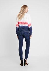 GAP - Jeans Skinny Fit - medium indigo - 2