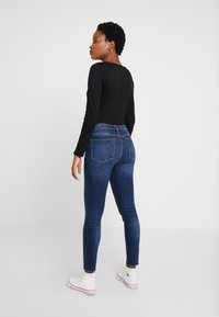 GAP - ANKLE DARE - Jeans Skinny Fit - dark indigo - 2