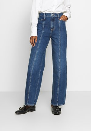 WIDE LEG SEAMED SKYLINE - Flared jeans - dark indigo