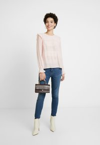 GAP - FAVORITE RINSE - Jeans Skinny Fit - dark indigo - 1