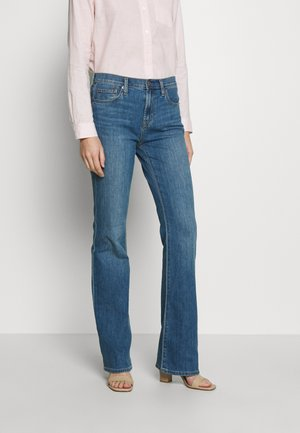 DUERO - Bootcut jeans - medium wash