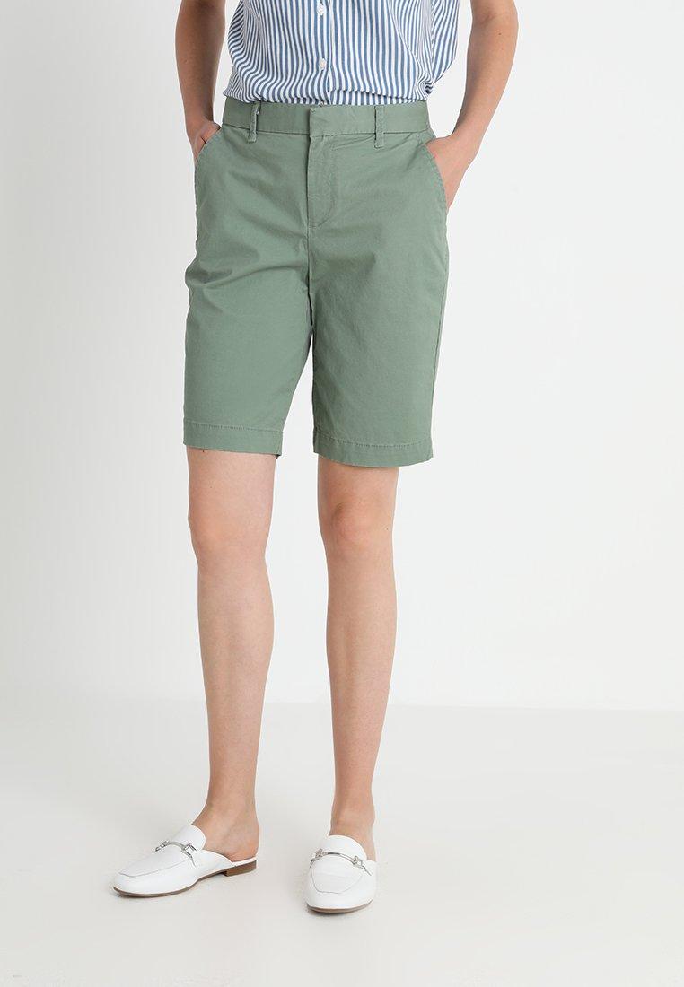 GAP - BERMUDA  - Shorts - twig