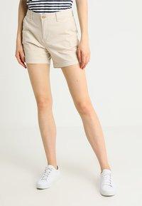 GAP - CITY - Shorts - anchorage cream - 0