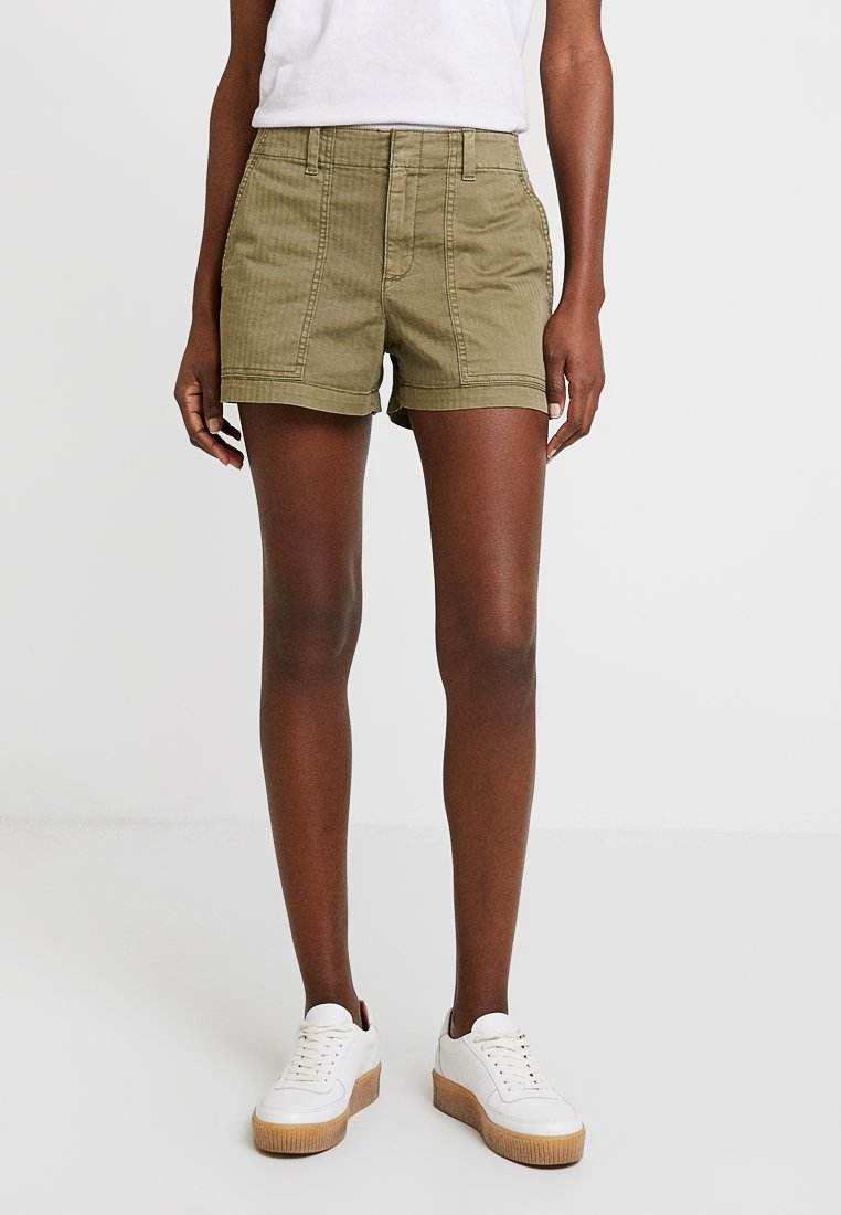 GAP - CITY UTILITY - Shorts - olive