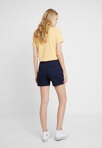 GAP - IN CITY  - Shorts - true indigo - 2