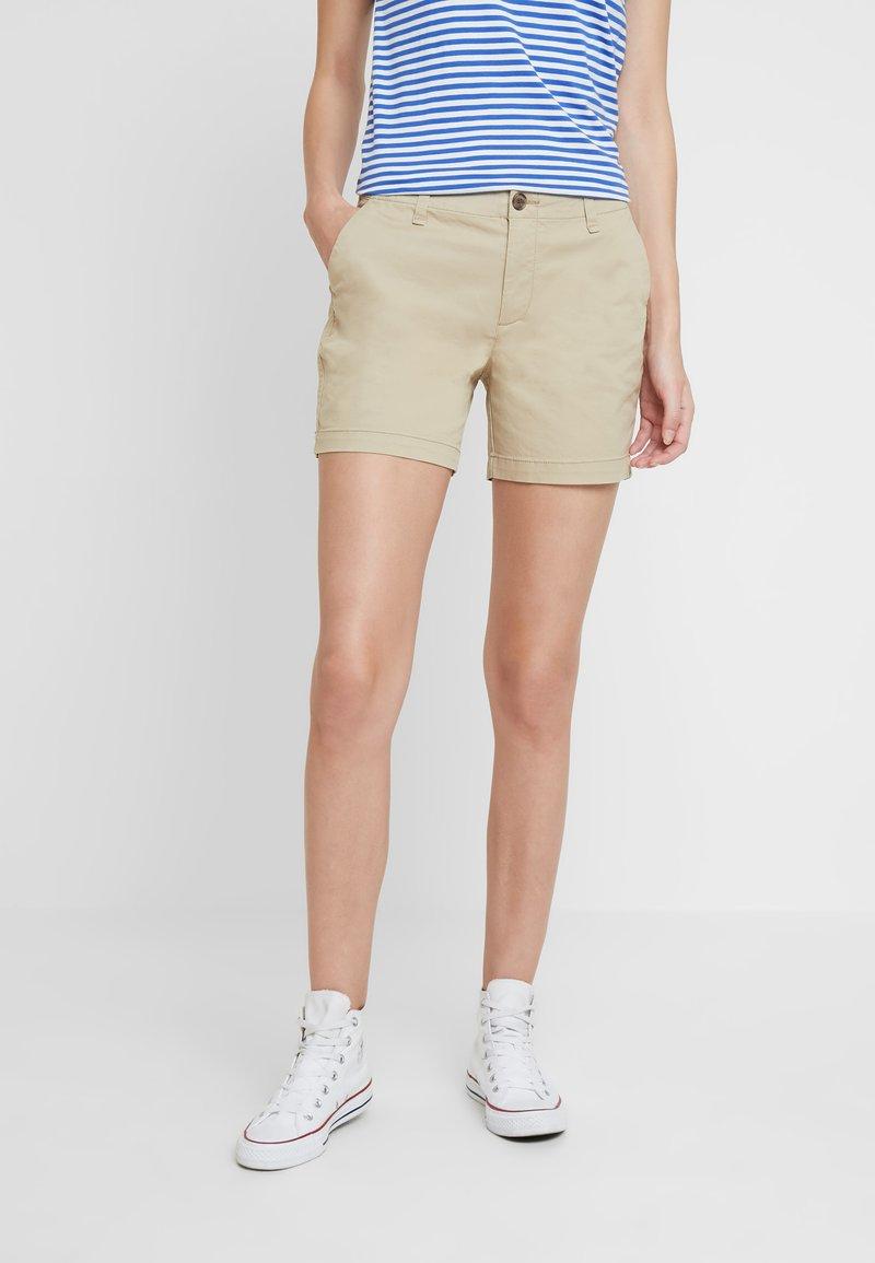 GAP - IN CITY  - Shorts - iconic khaki