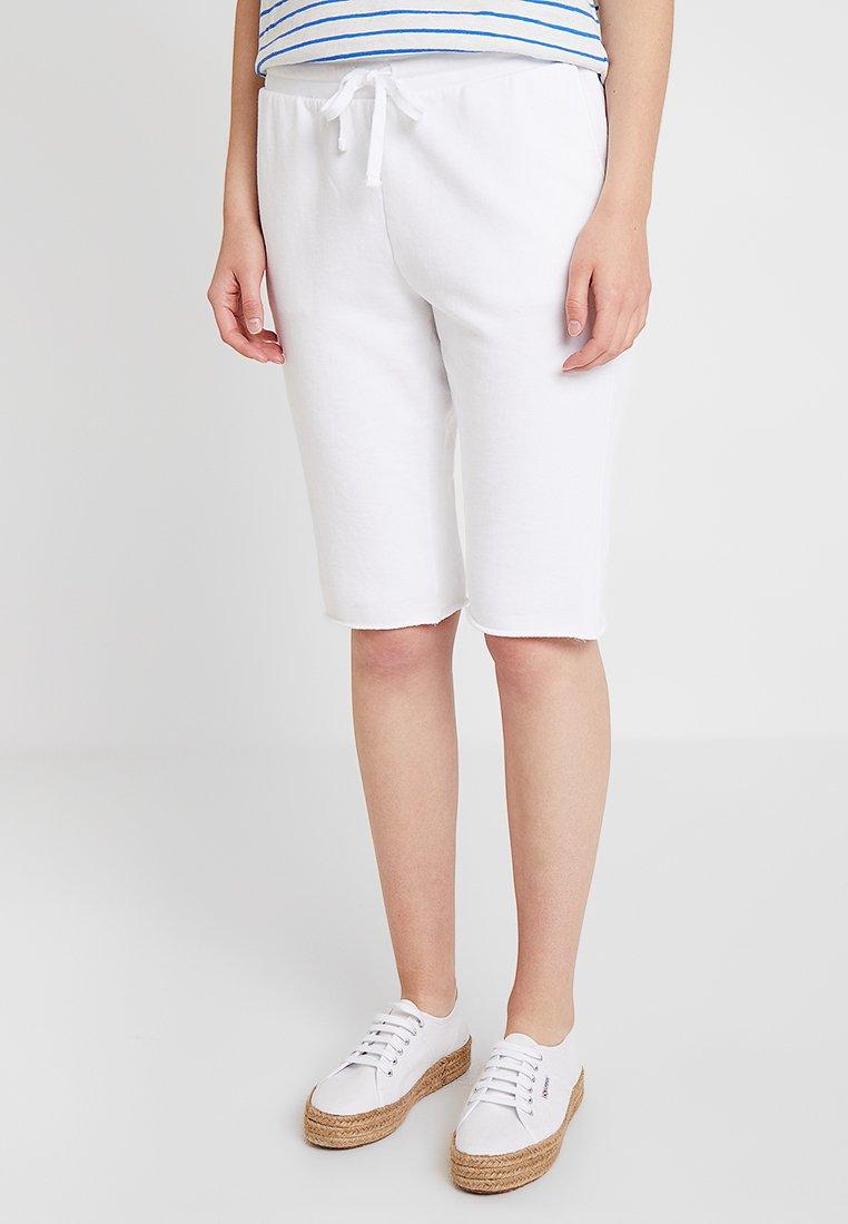 GAP - BERMUDA - Shorts - optic white