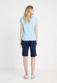 GAP - BERMUDA - Shorts - navy uniform - 2