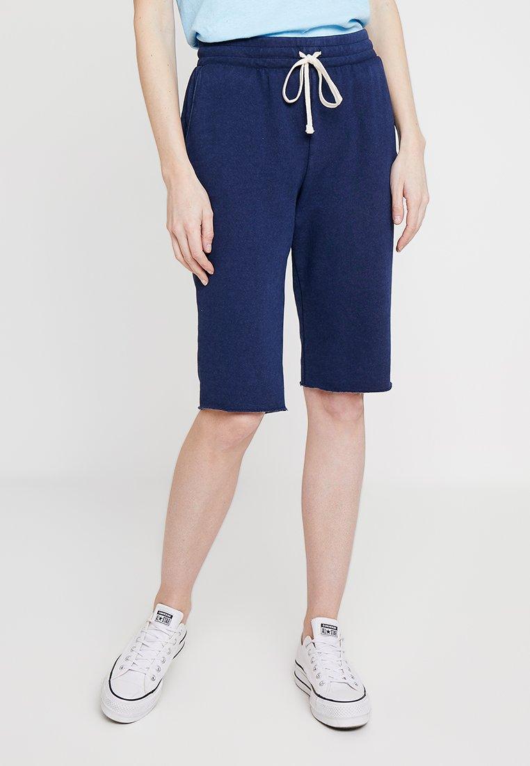 GAP - BERMUDA - Shorts - navy uniform