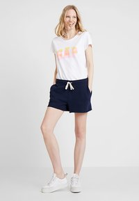 GAP - Shorts - navy uniform - 1