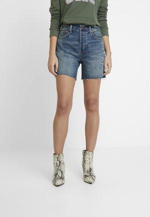 SHORT BURTON - Shorts di jeans - medium indigo