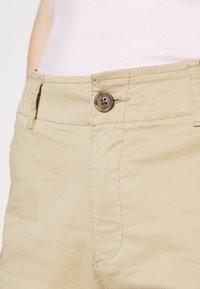GAP - Shorts - iconic khaki - 5