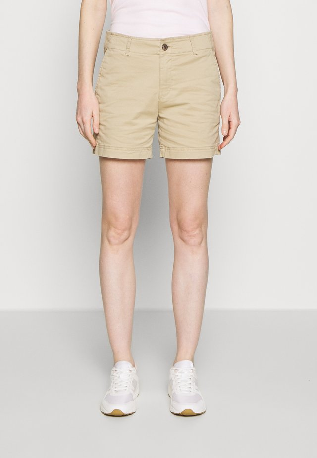Short - iconic khaki