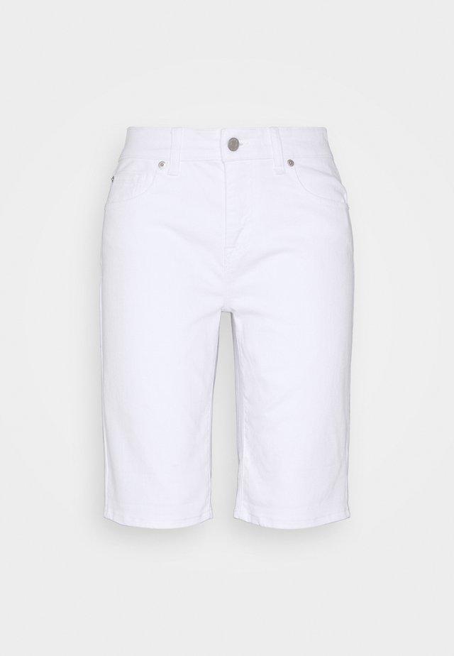 BERMUDA - Shorts - optic white