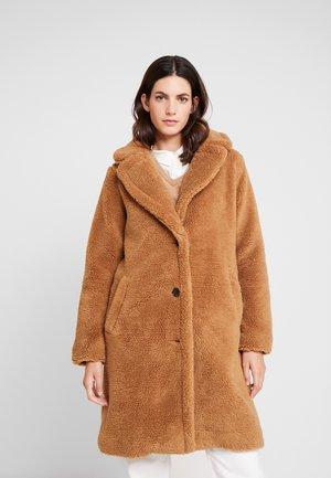 SHERPA OVERCOAT - Classic coat - holiday cocoa