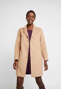 GAP - COAT - Classic coat - camel - 3