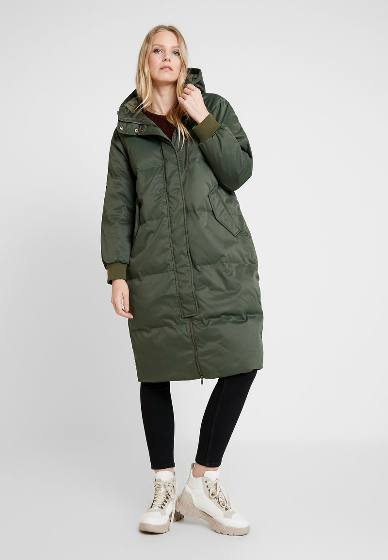 GAP - Down coat - black moss