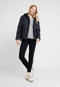 GAP - Gewatteerde jas - true black - 1