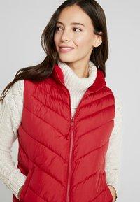 GAP - PUFFER VEST - Waistcoat - modern red - 3