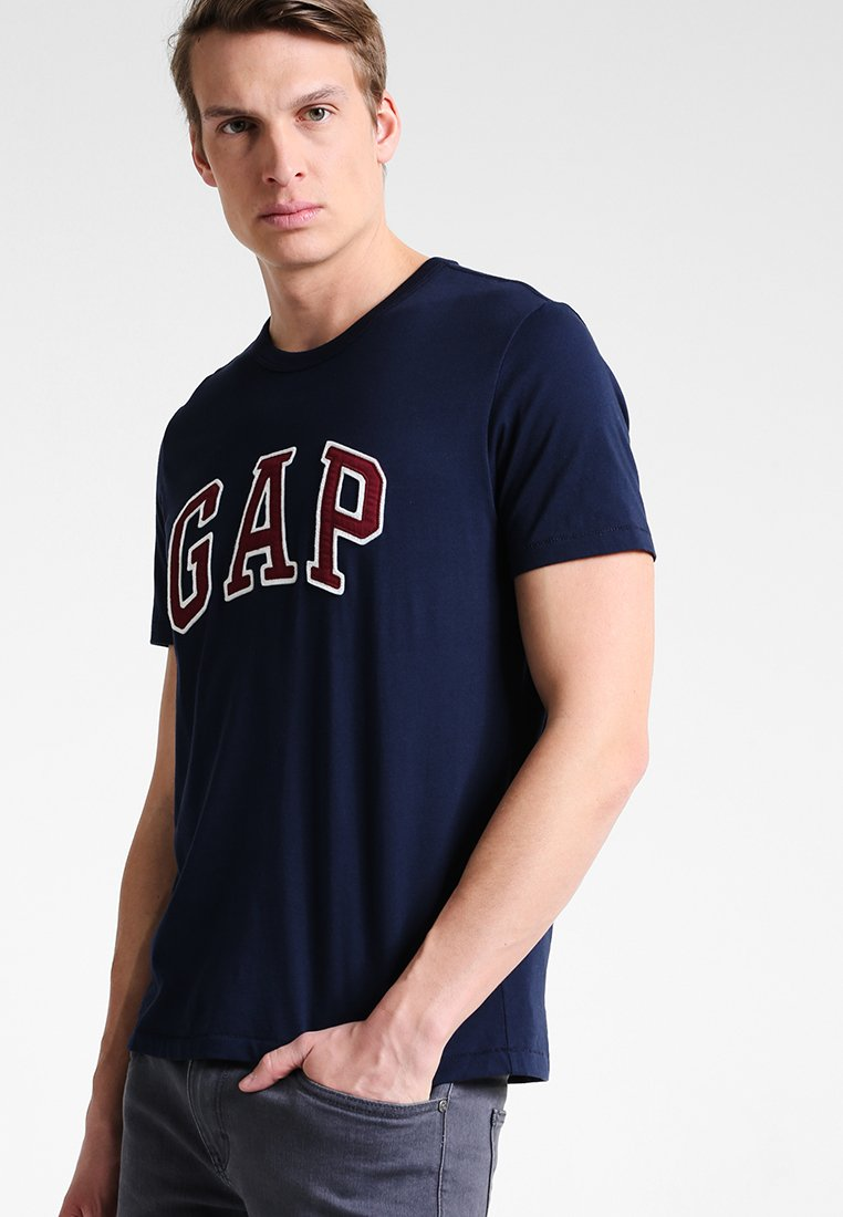 GAP ARCH TEE - T-shirt z nadrukiem - moonless night