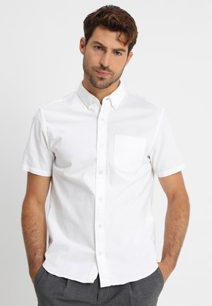 BASIC OXFORD - Shirt - optic white