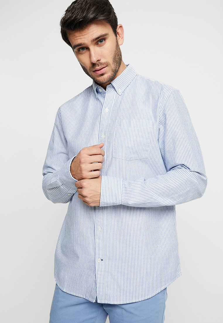 GAP - OXFORD STANDARD - Hemd - blue stripe
