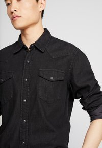 GAP - WESTERN SHIRT  - Overhemd - true black