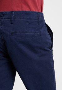 GAP - V-LIVED - Chino kalhoty - tapestry navy - 5