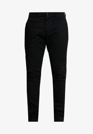 ESSENTIAL SLIM FIT - Kalhoty - true black