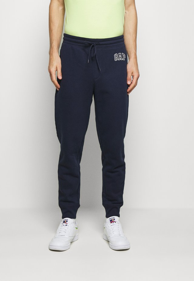 LOGO PANT - Tracksuit bottoms - tapestry navy