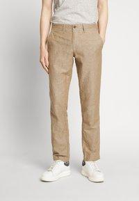 GAP - NEW SLIM PANTS - Kangashousut - beige - 0