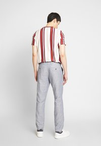GAP - NEW SLIM PANTS - Pantalones - blue - 2