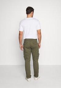 GAP - Cargo trousers - khaki - 2